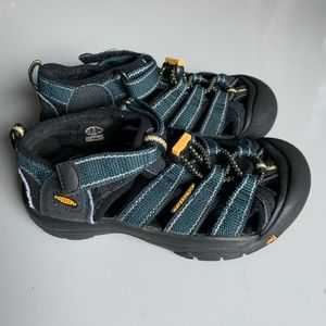 Keen Shoes Kids Size 12